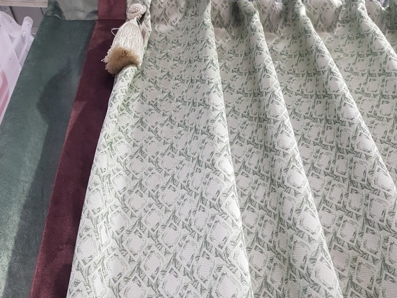 Готовые шторы с рисунком Ромбики