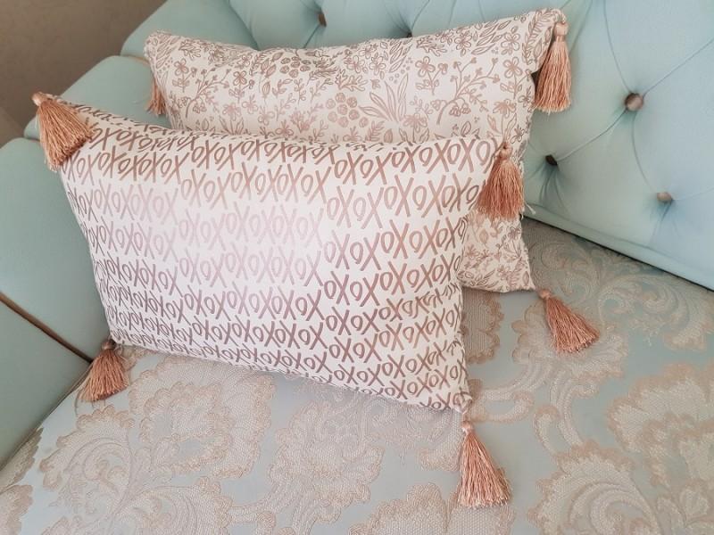 Подушки с кисточками декоративные