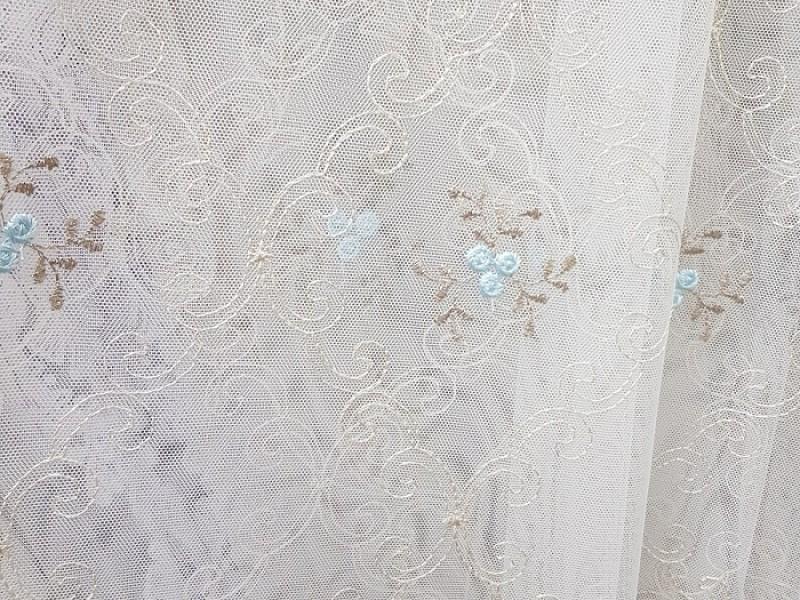 Сетка с вышивкой, белая