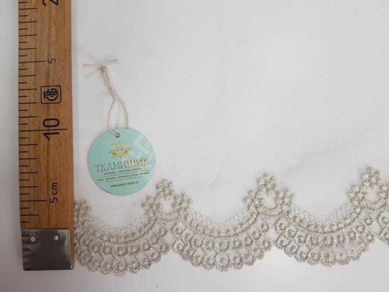 Сетка соты, вышивка по низу, цвет серый, остаток 4.0 метра