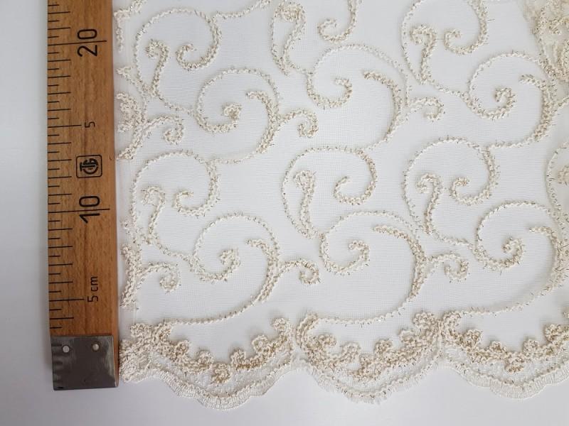 Сетка вышивка О.Б., цвет кремовый, остаток 4.1;1.6; 2.2 метра