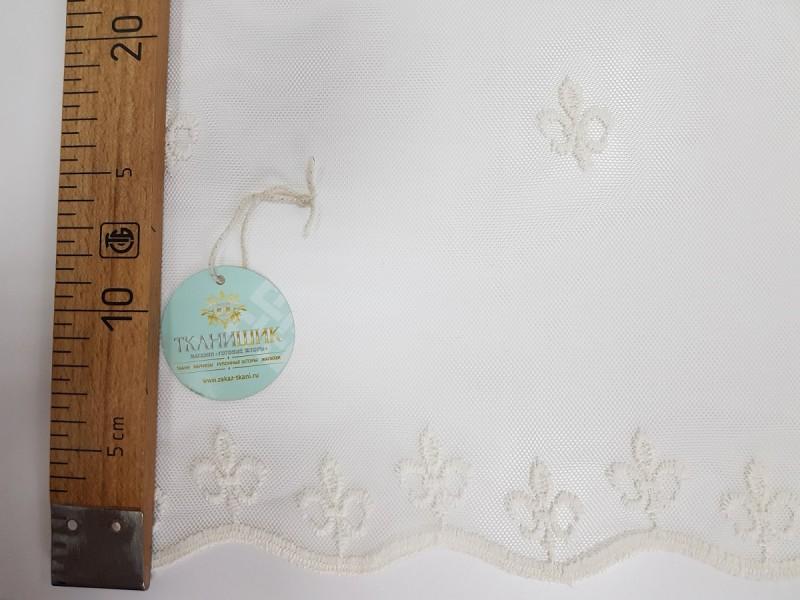 Сетка вышивка с рисунком Лилия, цвет молочный, остаток 17.2 метра